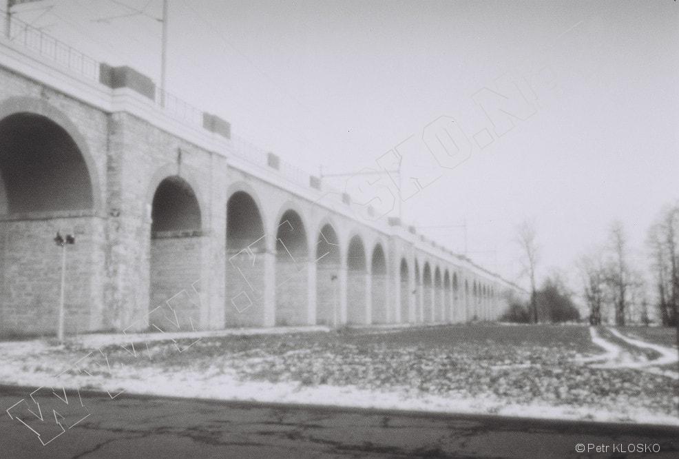 Detail - Dírková komora - fotky XVII - Železniční viadukt